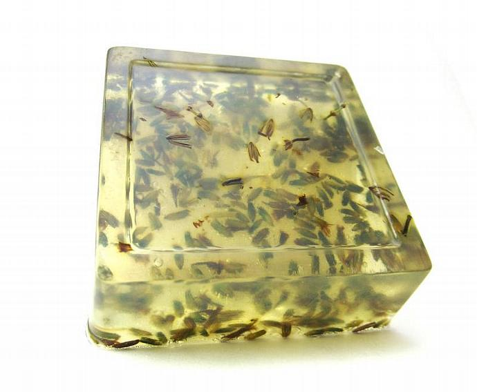 Natural Aloe Vera Soap - Honey & Lavender Buds - 4oz - Sensitive Skin, Itchy