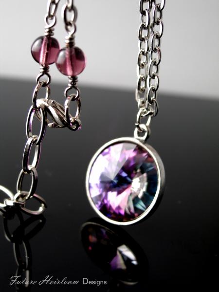 Vitrail Light Antique Silver Pendant Necklace