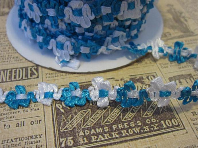 1yd - Turquoise/White Satin Floral Trim.
