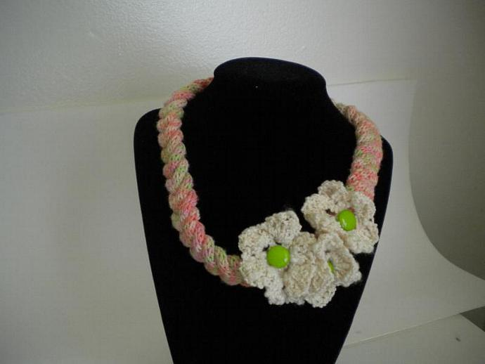 Rainbow Sherbet Knit Necklace