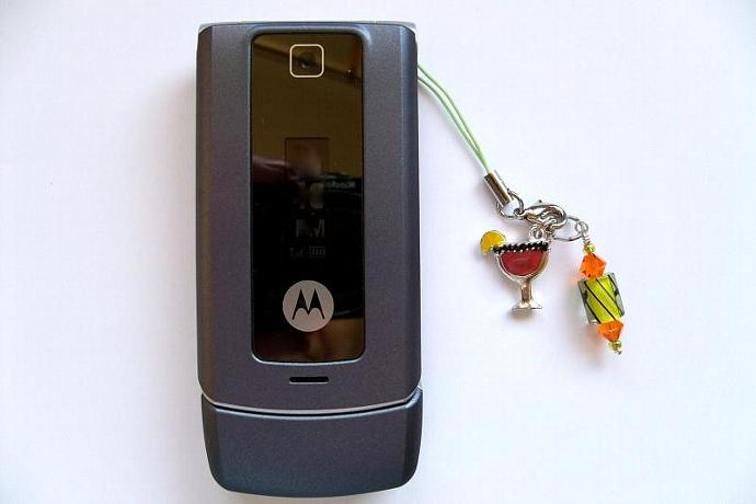 Cell Phone Jewelry-Marguerita Glass