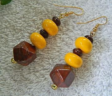 Brown  jasper  and  yellow  rondelles  dangle  earrings
