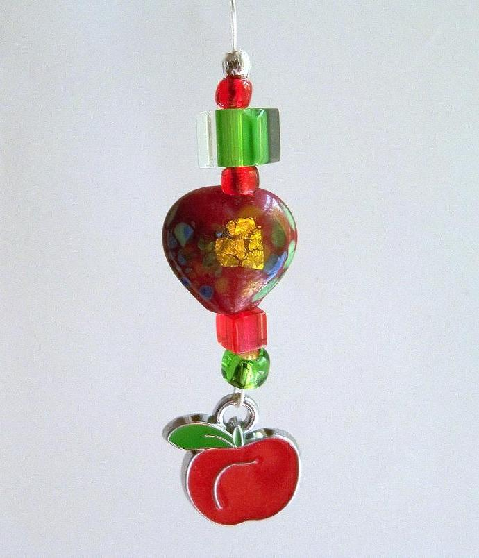 Zipper Pull -  Apple for the Teacher