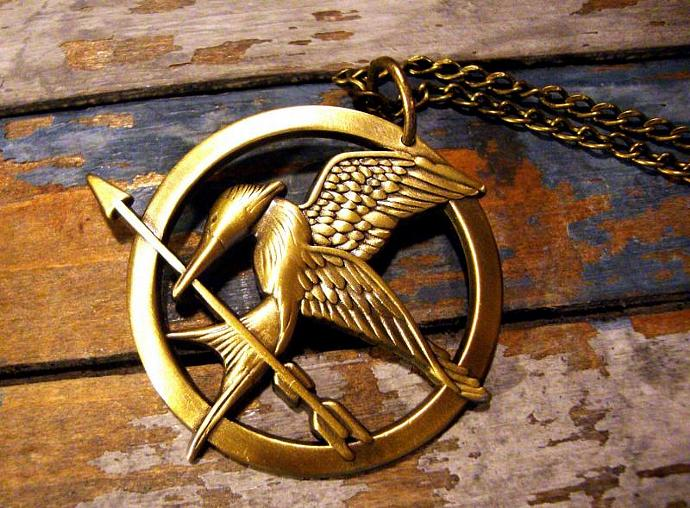 Inspired mockingjay pinnecklace by animecouture on zibbet inspired mockingjay pinnecklace mozeypictures Images