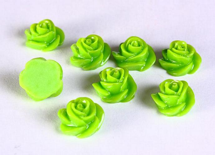 8 Green rosebud rose cabochon 13mm 8pc (661)