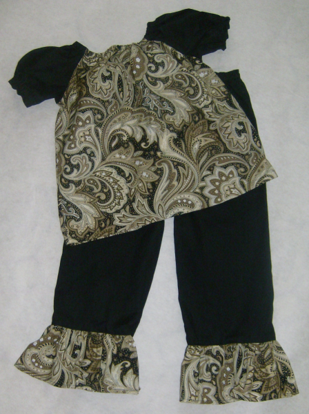 Black and Gold Paisley Peasant Top w/ruffled pants