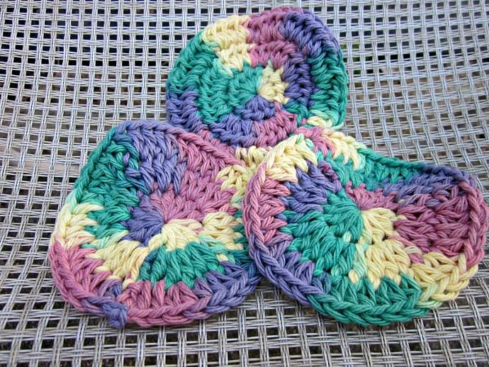 3 Multicolor Cotton Face Scrubbies