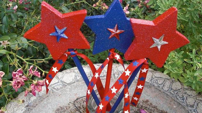 Plant Stakes - JULY 4TH