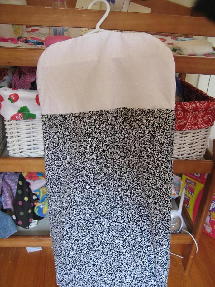 Black and White Trellis Diaper Stacker