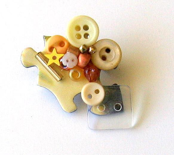 Button Jigsaw Puzzle Piece Pin