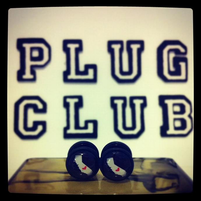 State Love Fake Plugs by Plug-Club