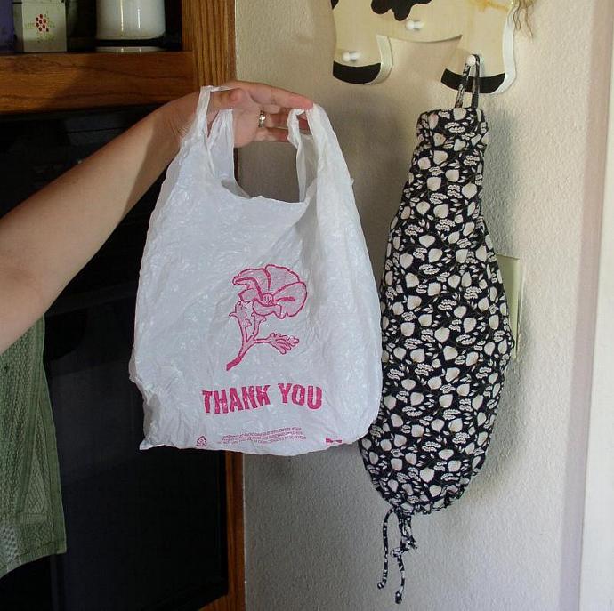 GreenSleeves - Repurposed Plastic Bag Kitchen Tube