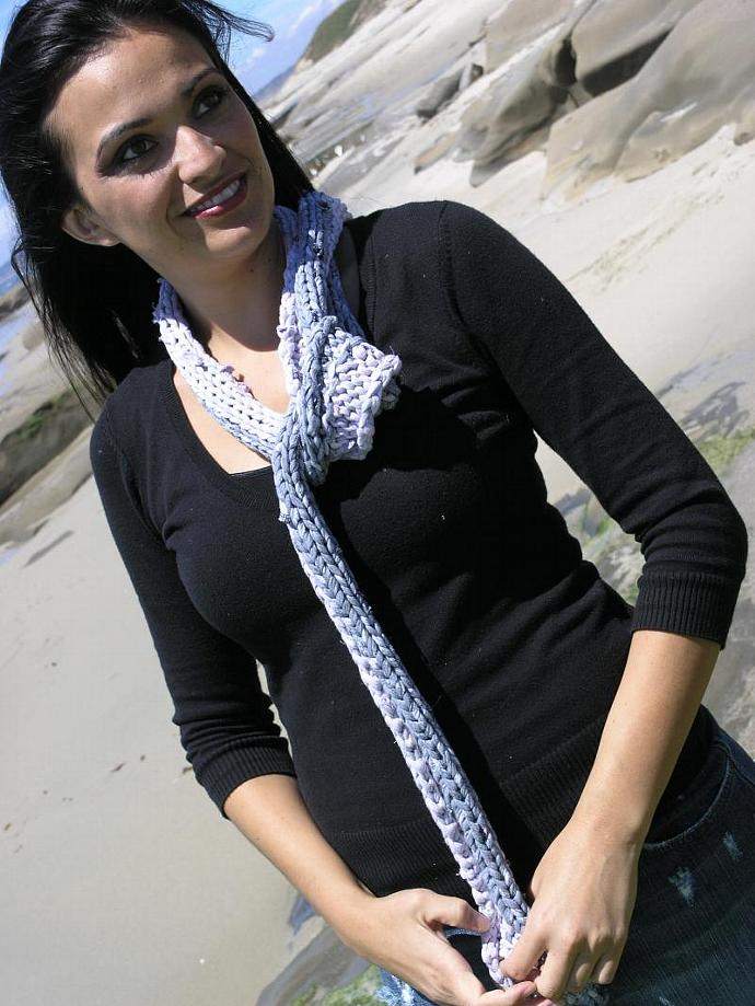 Scarf Knit from 100% Cotton Recycled T-Shirt Yarn