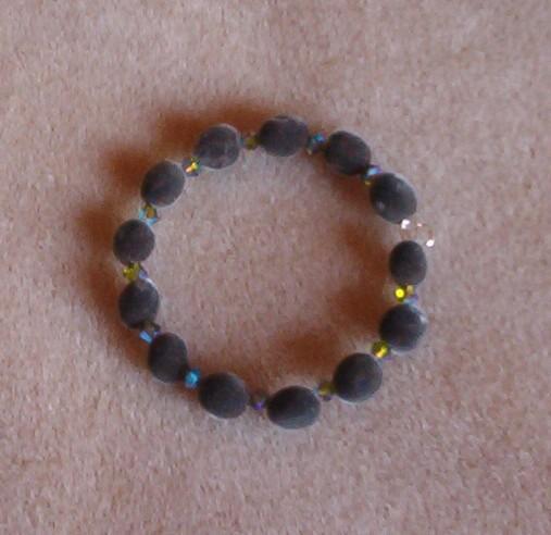 Handmade Bracelet: Hawaiian mgambo seed and olivine 2AB Swarovski crystals