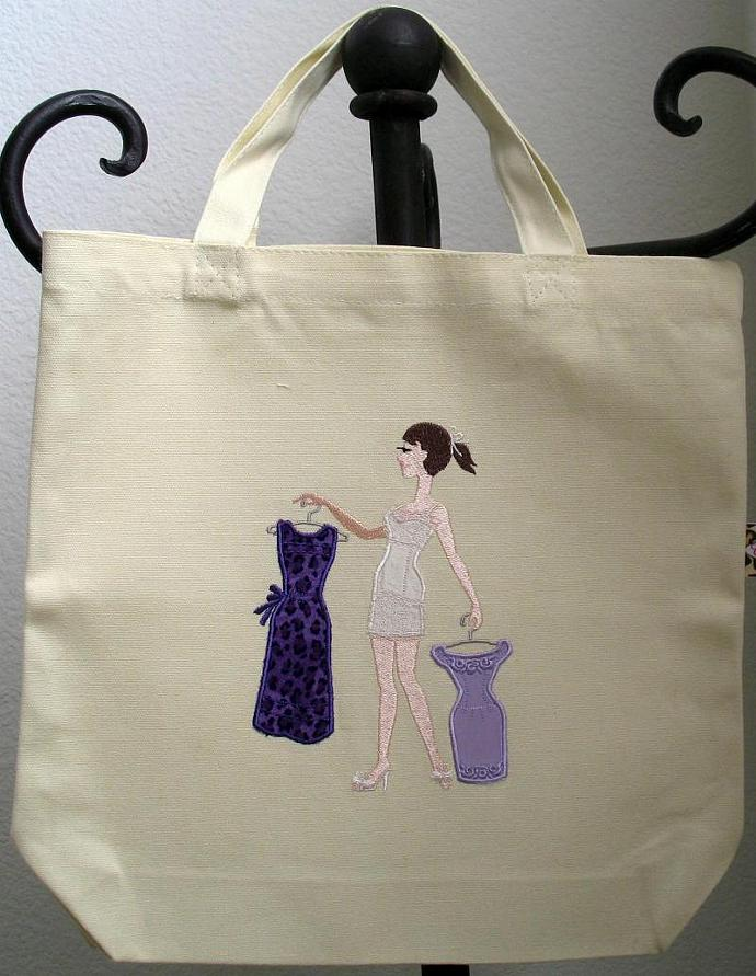 WHAT TO WEAR? tote bag