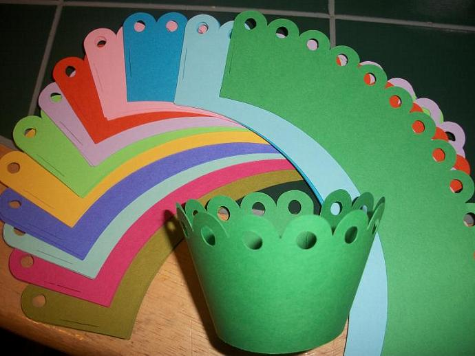 RAINBOW of Color Scallop Cupcake Wrappers/can match any cupcake toppers