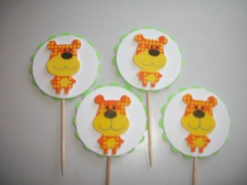 12ct Green and white scallop Yellow Foam Bear Critter Cupcake Toppers