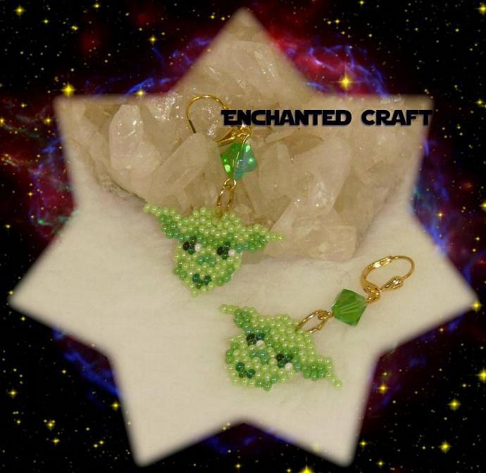 Star Wars Seed bead YODA earrings- lever back