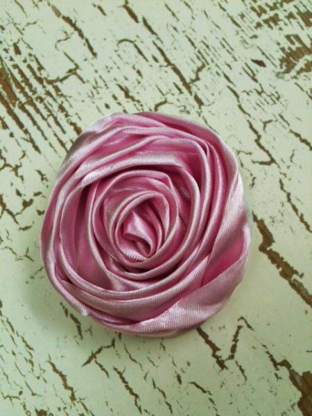 Lot of 2 Pink Rolled Satin Flowers, Amelia --- ZIBBET