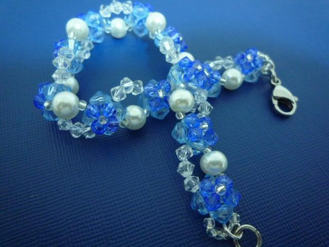 A twist of flowers bracelet
