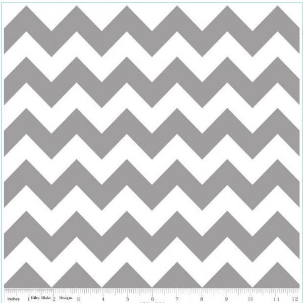 """Riley Blake Designs """"Chevron"""" by Riley Blake Designs. 100% cotton, 1 yard -"""