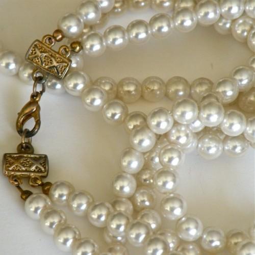 Fantastic Flapper Style Vintage Pearl Necklace