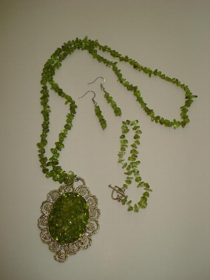 Peridot Green Nugget Necklace, Bracelet and Earring Set