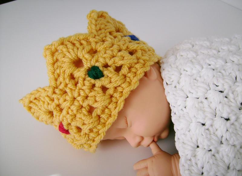 Crochet Baby Crown with Jewels Photo Prop | customcrochet