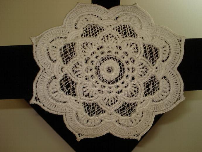 Free Standing Lace (FSL) Coaster - White