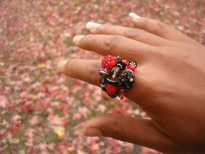 Rouge et Noir Ring