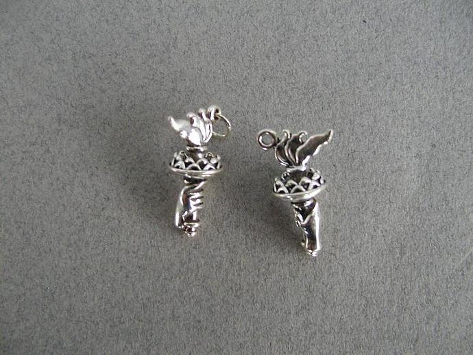 Statue of Liberty Torch SS Charm
