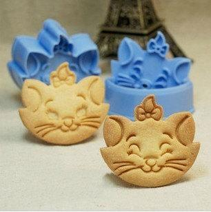 Marie Cat Fondant Toast Cookie Cutter Stencil Stamp Mold Press