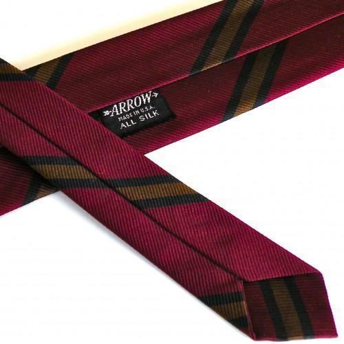 Classic Red Stripe Arrow Silk Necktie - Vintage 1960s