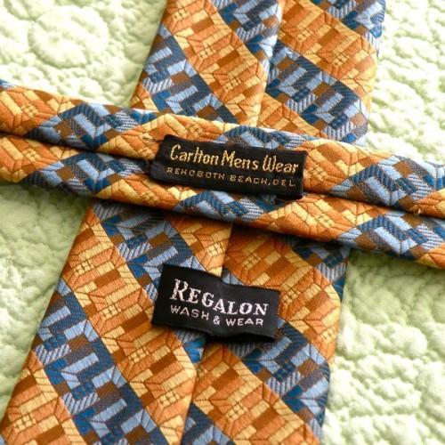 Vintage 1970s Ragalon Necktie