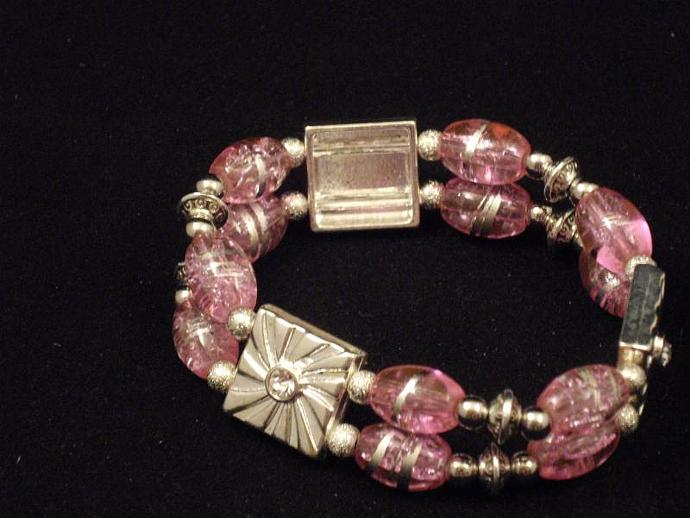 Pink Crackle Bead Double Row Stretcy Bracelet