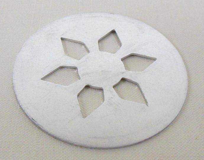 "Wear Ever Aluminum 2"" Cookie Gun Disk - Sunflower"