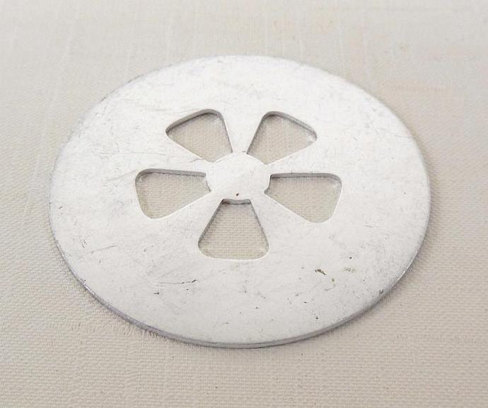 """Wear Ever Aluminum 2"""" Cookie Gun Disk - Flower"""