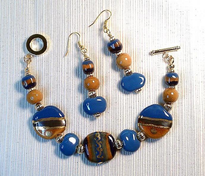 Kazuri Bracelet & Earrings Set, Item #383