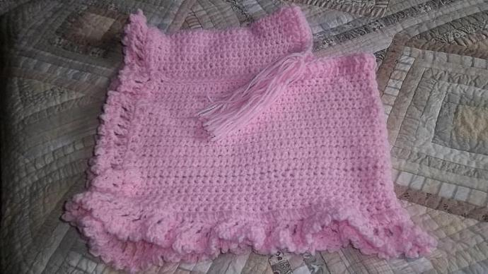 Baby Girls' Pale Pink Cape/Poncho With Scalloped Fringe (3-8 years)
