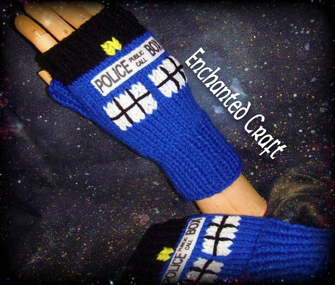 WARM and FUN Dr Who? Fingerless Gloves TarDis style police box
