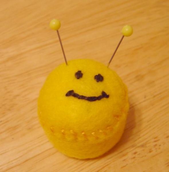 Smiley Face Bottlecap Pincushion