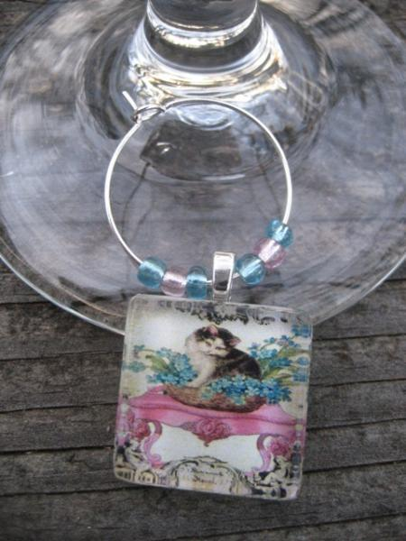 vintage inspired kitty cat wine glass charm -kitty in blue flowers on pink table
