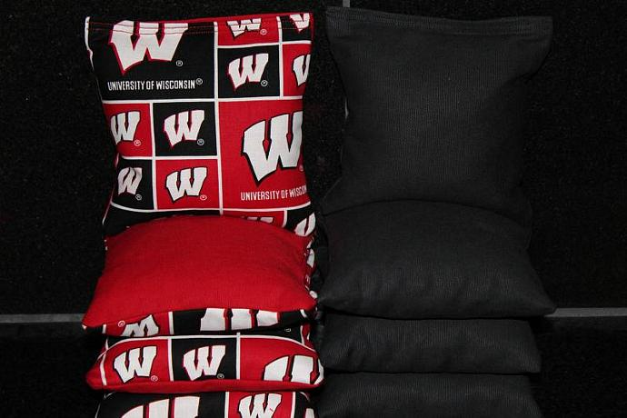 WISCONSIN BADGERS Cornhole Bean Bags 8 ACA Regulation Corn Hole Bags Baggo Toss
