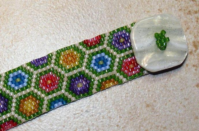 Grandmothers Flower Garden Beaded Bracelet