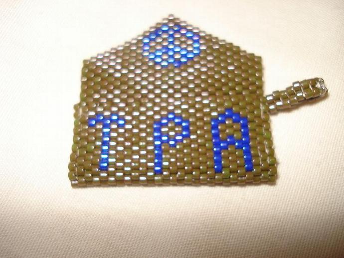 Bead Mini Clutch Pendant - Turn Peace Around