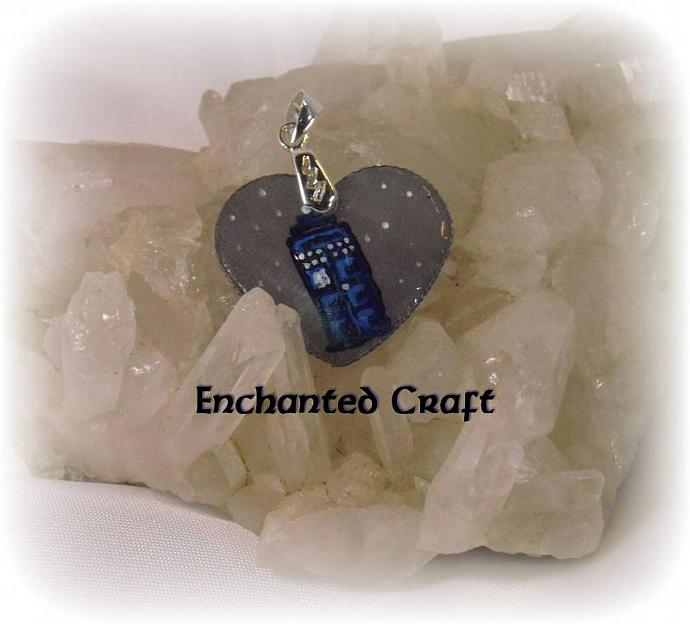 Hand Painted Dr who TArDIS heart pendant