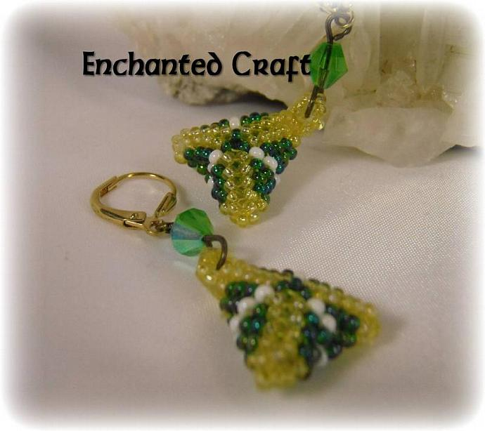 Pyramid 3D Seed bead earrings- lever back, emerald, gold, white