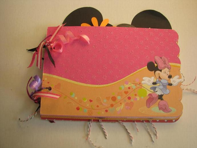 A Minnie Mouse Mini Memories Scrapbooking or Autograph Album-Ready for all your