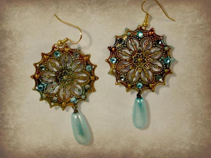 Kamila Vintage-Style Filigree Earrings