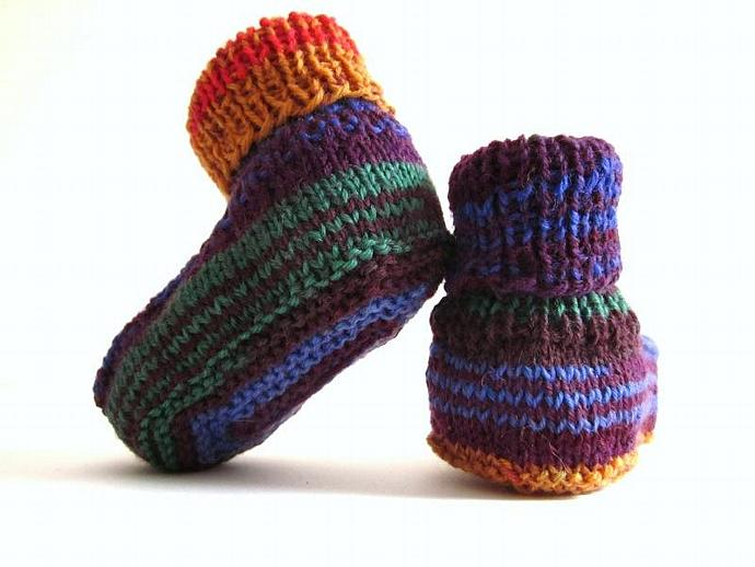 Happy Baby's Knitted Baby Booties